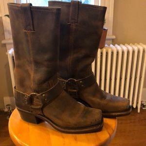 FRYE 12R Harness Tan Boots Size 7 M